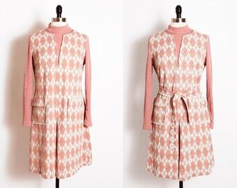 vintage 1960s mod dress/ argyle pattern dress/ 60s shift dress/ diamond pattern/ pink shift dress/ pink argyle/ day dress/ belted dress
