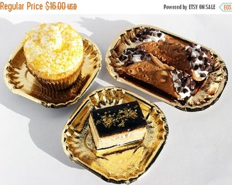 XOXO SALE 75 Gold Mini Dessert Plates, Gold Wedding Mini Dessert Plates, Gold Appetizer Plates, Gold Mini Pastry Plates, Cupcake Plates, Par