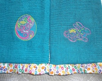 SET Pair Embroidered, Easter Bunny, Easter Rabbit,  Kitchen Hand Towels Easter, Ruffled towel, tea towel, embroidered Easter towel, Eggs