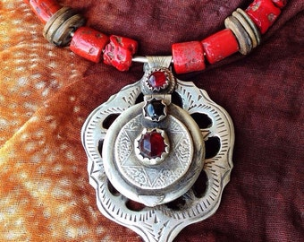 Berber Tribal RARE Necklace with Perfumebox, Red Glass Beads, Moroccan Sahara