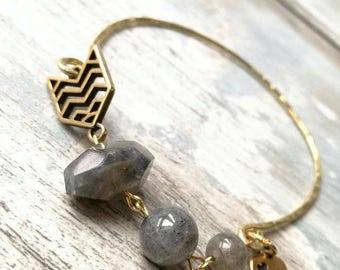 Bangle, gemstone bangle, labradorite bracelet, elegant bangle, boho bangle, gold bracelet, stacking bangle