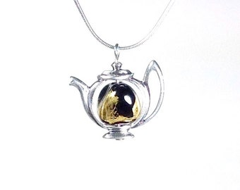 Teapot necklace...black and gold