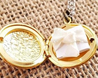 Personalized Locket - Bridesmaid Locket - Bridesmaid Necklace - Secret Note Locket - Flowergirl Locket - Wedding Locket - Sterling Silver