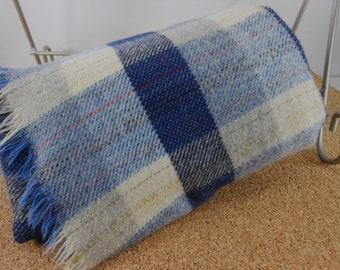 Vintage CLAN ROYAL Throw Scotland Blue White Grey Plaid Tartan