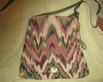 Upcycled Tapestry Shoulderbag