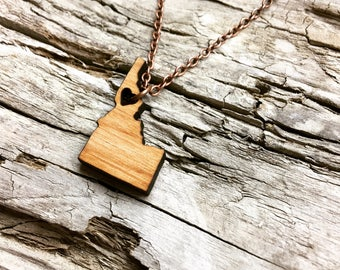 "1"" Idaho Wood State Necklace - Mini Size - Customizable Wood Necklace - Wooden ID State Jewelry with Copper Tone Chain"