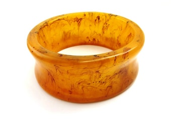 Butterscotch Marble Lucite Bangle Bracelet Chunky Wide Swirl Amber Yellow Cuff Vintage Lucite Early Plastic Jewelry
