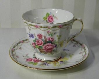 TEACUP, Vintage Royal Winchester, Flower Basket, Bone China  Teacup