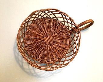 Vintage Basket with Handle / Rattan Basket / Basket Wall Decor / Bohemian Decor / Jungalow Basket / Boho Decor / Farmhouse Kitchen Basket