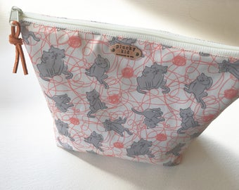 Kitty Bath Print Project Bag