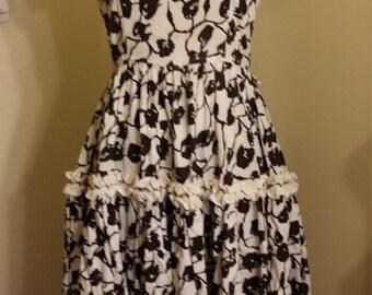 Small Puff Sleeve Full Skirt Western Fashions Day Dress