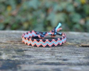 Colorful friendship bracelet, zigzag pattern, lightning bolt bracelet, colorful stripes bracelet, handwoven (ready to ship)