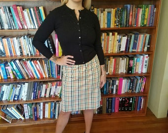 MAD FOR PLAID--Adorable 1950s Plaid Pencil Skirt in Spring Colors-M