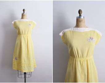 70's Yellow Semi Sheer Dress / Floral Embroidery Dress / Gauze Dress / Size S/M