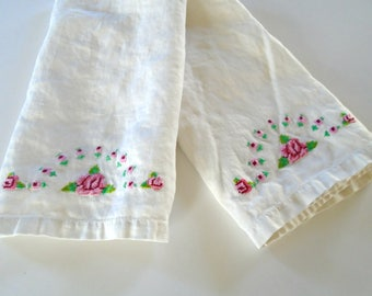 2 Sweet Pink Rose Tea Towels / Hand Embroidered Roses / Cross Stitch Design / White Cotton Towels / Victorian Tea / Prairie Kitchen /Cottage