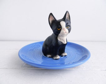 Vintage Black White Cat Ring Dish, Figurine & Cobalt Blue Fish Saucer Trinket Holder, Kitschy Jewelry Display