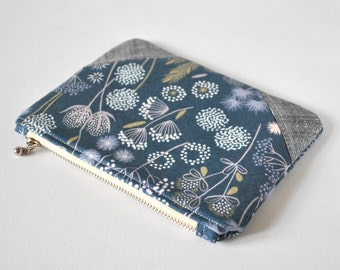 Woman's grey floral silver glitter linen corner padded beauty pouch protective meadow flower linen make up bag cosmetics pouch.