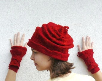 Felted Hat and Cuff Merino wool - Red felt Cap and Cuff
