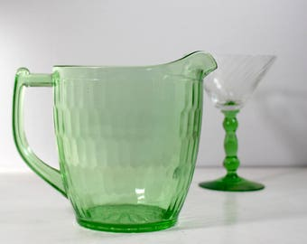 Jeannette Glass Co Hex Optic Pitcher with Sunflower Base