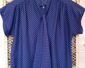 1970s Vintage Polka Dot Blouse//Pussybow Blouse//Size Small•Medium