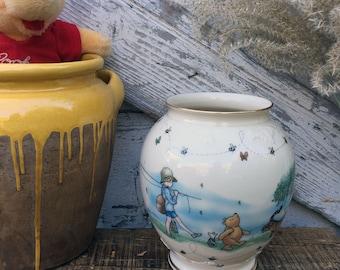 Winnie the Pooh The Honey Pot Vase - Lenox Fine Ivory China - Disney