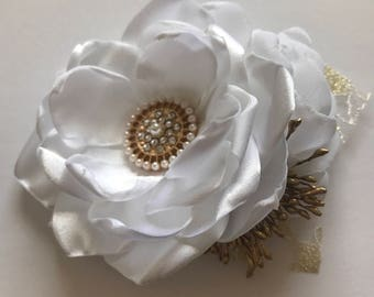 Corsage Pin - Pure White and Gold - Fabric Flower Pin, Handmade Flower Brooch, Wedding Corsage, Handmade Corsage Pin, White and Gold Wedding