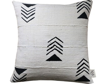 KILIMA Mudcloth Pillow Cover (de)constructed