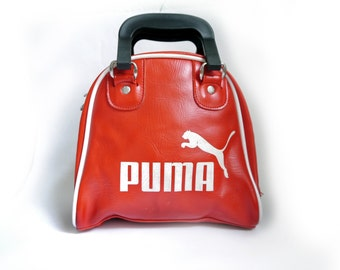 Vintage Womens Sports bag PUMA rasberry red purse 70s 80s Gym bag stylish statement red little purse from Germany
