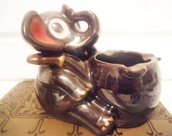 Elephant ashtray brown ware red ware pottery tobacciana kitsch mid century vintage