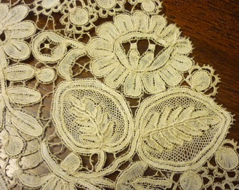 "HANDMADE Belgium Duchesse Point de Gaze Lace Collar...New Old Stock...Perfect..1880 Era...16"" by 3.5"""