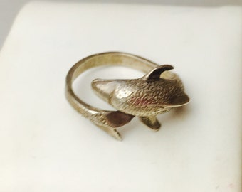 Vintage Fish RIng Size 7., Solid, Silver, Animal Figural, HALF OFF  SALE, Item No. S414