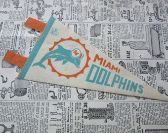 Vintage Miami Dolphins Football Pennant 1970s Era Small 7 Inch Mini Felt Pennant Banner Flag vtg Collectible Vintage NFL Display Sports