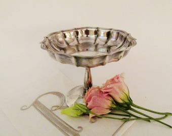 Floral Wreath Chippendale Compote, Romantic Decor, Internationa Silver Compote, Downton Abbey Pedestal Dish