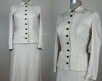 Moving Sale...30% Off Vintage 1940s Linen Suit 40s Skirt Suit with Black Ball Buttons by Majestic Size 25.5 Waist Small