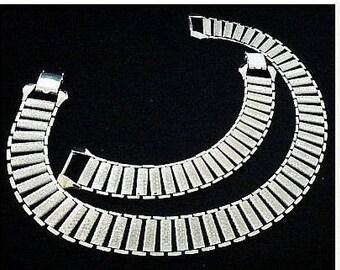 Judy Lee Necklace Bracelet Demi Set Silver Metal Book Links Signed 1960s Vintage