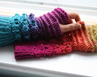 Crochet pattern, Instant Download Rainbow crochet arm warmer pattern, wrist warmer crochet pattern, fingerless glove pattern (246)