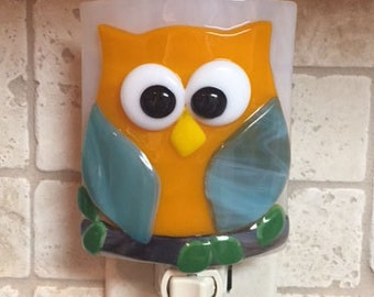 "Nightlight Fused Glass Friendly Orange and Blue Owl ""Who Who"""