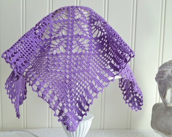 Purple crochet lamp shade cover, vintage Swedish handcraft, lilac handmade crochet decoration