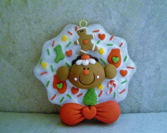 Gingerbread Man - Frosted Christmas Cookie Wreath - Polymer Clay - Christmas - Holiday Ornament