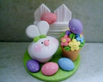 Mini Bunny Easter Egg Hunt - Polymer Clay - Easter - Figurine
