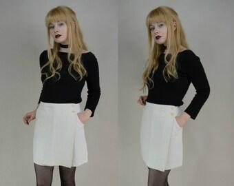 90s White Side Button Wrap Mini Skirt S / M