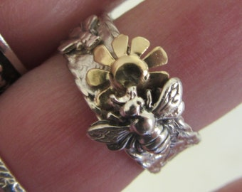 Silver and Gold Ring -  Ready to Ship Size 7 3/4 - Garden with Bees and Flower ring - Made in Israel