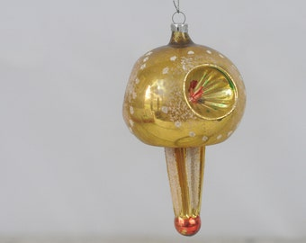 Vintage Christmas Ornament Glass Christmas Ornament 552