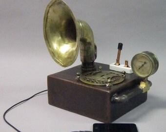 Junkpod - A steampunk speaker