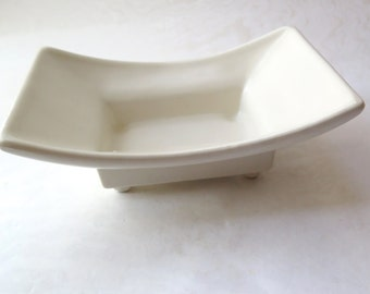White Matte Pottery Planter 422 USA McCoy Style Mid Century Shallow Footed Dish Rectangular Curved Design Air Plant Container Neutral Decor