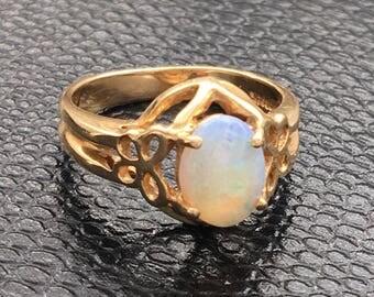 14K Gold Opal Ring Size 5.5 vintage butterfly motif