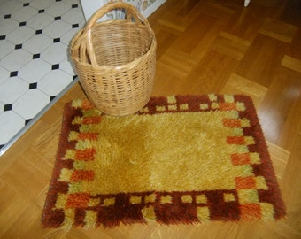 Vintage Swedish hand made 1970s Rya rug in fall colors