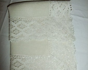 Vintage Swedish Nature linen tablecloth with cotton lace