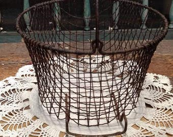 Vintage Industrial Chic / Primitive / Double-Handled Wire Mesh Basket