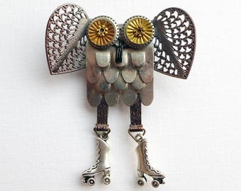 Owl Brooch, steampunk assemblage, owl on roller-skates